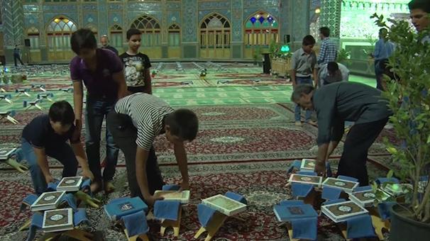 نوجوانان ، خادمان بزرگ ترین محفل قرآنی در استان اصفهان